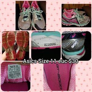 Asics size 11